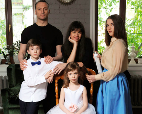 Анатолий белый личная жизнь жена дети